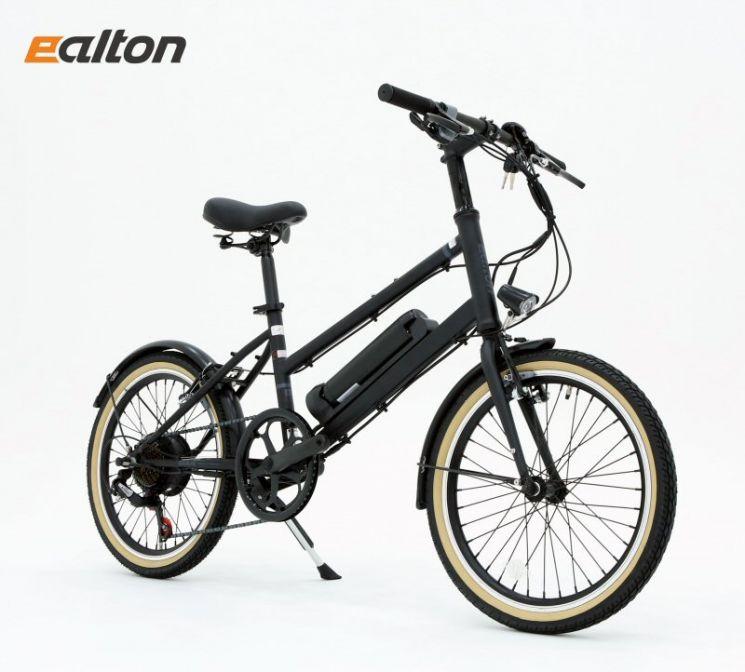 알톤스포츠는 가성비를 강조한 전기자전거 신제품 '벤조 20st'를 출시했다고 28일 밝혔다. 사진 = 알톤스포츠