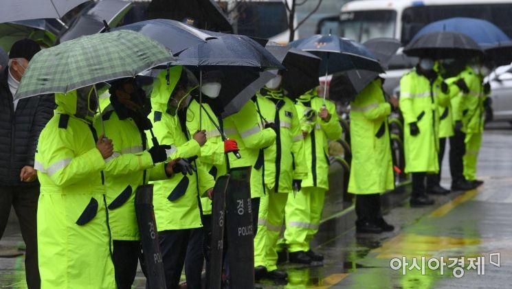 [포토]보수단체 집회 앞두고 경찰병력 경계강화