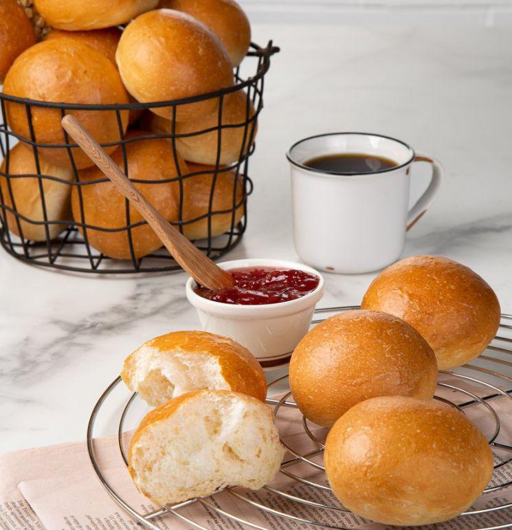 코로나19로 바뀐 소비행태…식사대용 빵 인기