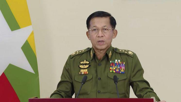 민 아웅 흘라잉 미얀마군 최고사령관이 [이미지출처=AP연합뉴스]