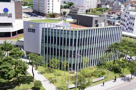 광주 서구 A의원, 학대 혐의 지역아동센터 옹호 발언 논란
