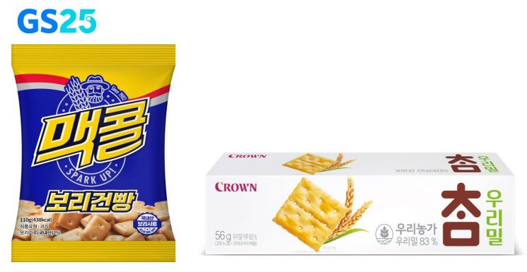 GS25에서 상생 스낵으로 출시한 맥콜 보리건빵과 우리밀 참크래커.