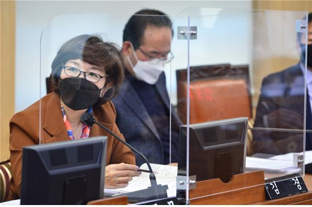 """김경 서울시의원 """"임기 마친 김세용 SH 사장 직제개편 시행 유감"""""""