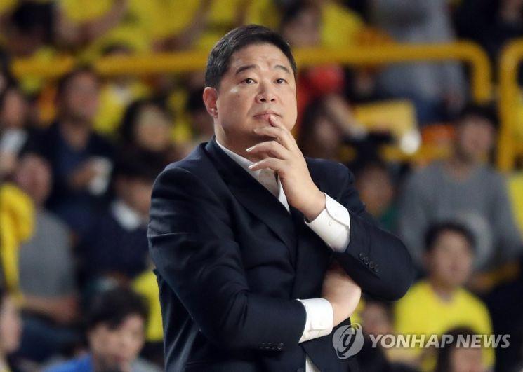 농구선수 출신 방송인 현주엽. [이미지출처=연합뉴스]