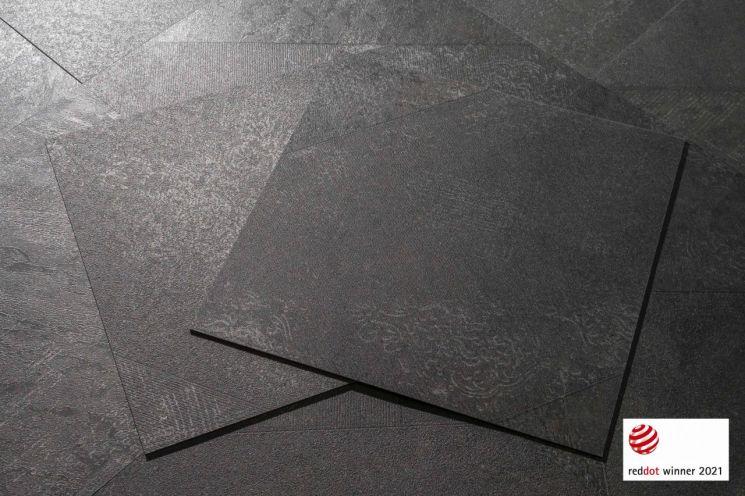 '2021 레드닷 디자인 어워드'에서 제품 부문 본상을 수상한 '프레스티지 아티스트리 헤리티지세라믹' 제품<LG하우시스 제공>