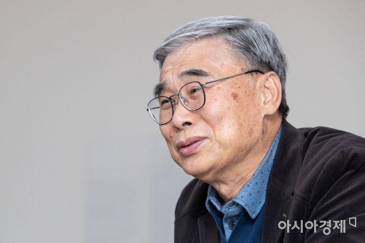 이종석 세종연구소 수석연구위원이 6일 경기 성남 세종연구소에서 인터뷰 하고 있다./성남=강진형 기자aymsdream@