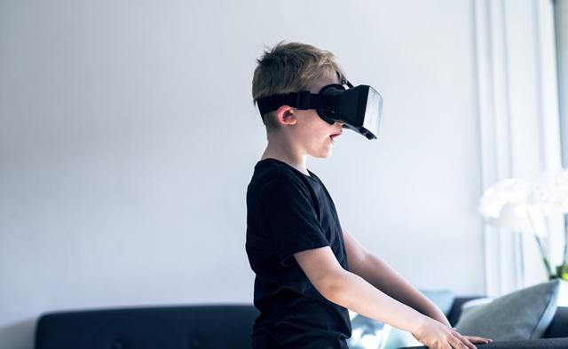 롯데호텔, '리얼 VR 패키지'.