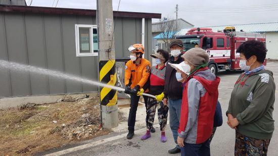 광주 광산소방서, 산림화재 취약지역 '비상소화장치' 교육 실시