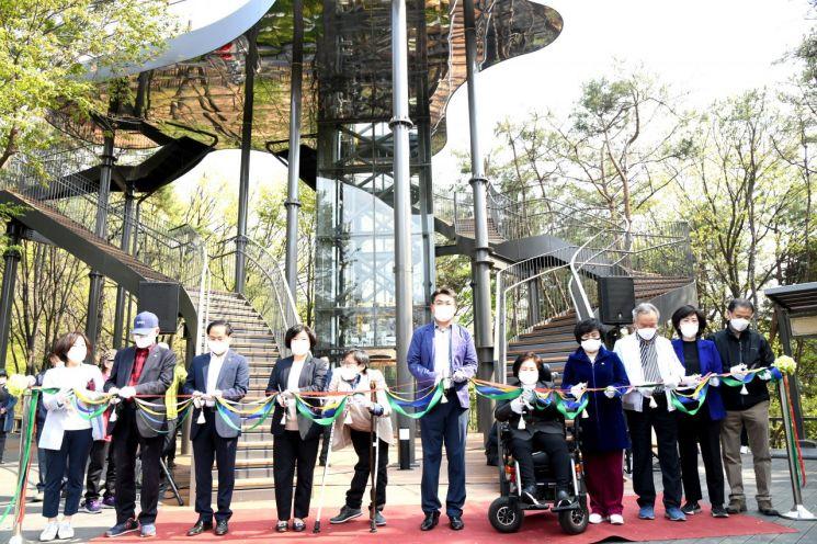 [포토]오승록 노원구청장, 불암산 힐링타운 시설 개관식 참석