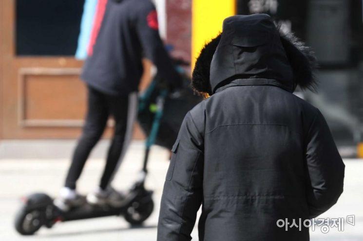 [포토]'겨울 옷 꺼내세요'