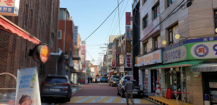 정부가 도심 공공주택 복합개발 사업 2차 후보지를 선정한 14일 후보지로 선정된 서울 강북구 미아역 인근 지역. 상가건물이 밀집해있다. /류태민 기자