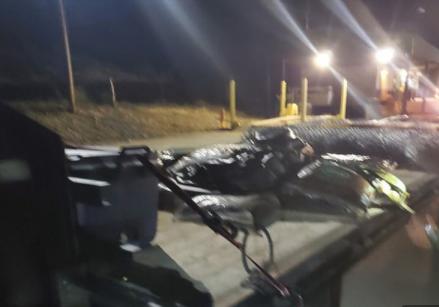 12일 미국 텍사스 국경에서 불법 밀입국을 시도한 이민자들이 적발됐다. 사진=미국 관세국경보호청 제공.