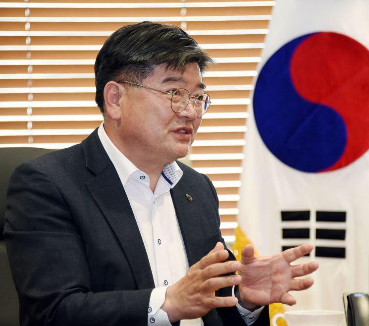 """[아시아초대석] 김용진 """"내년 ESG 적용 운용자산 기금자산의 50%로 확대"""""""