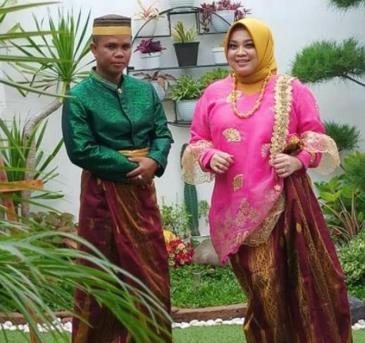 인도네시아 남성이 청혼 선물로 여자친구에게 비트코인 2개를 줬다. 사진=Mismaya Alkhaerat 페이스북 캡처.