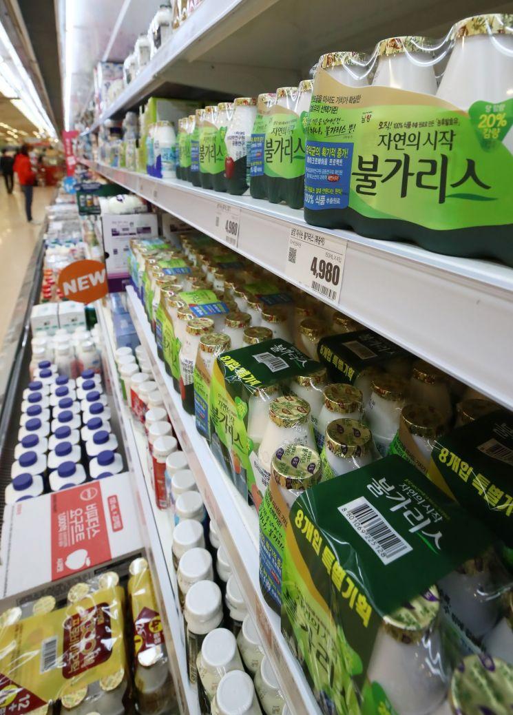 서울 시내 한 대형마트에 판매 중인 남양유업 불가리스. [이미지출처=연합뉴스]