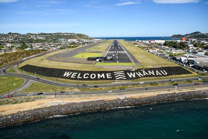 뉴질랜드 웰링턴 공항의 웰컴 화나우 활주로 (c) Tourism New Zealand