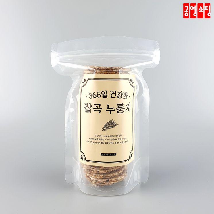 두빛나래협동조합이 생산하는 '두빛나래 누룽지.' [사진 = 공영쇼핑]