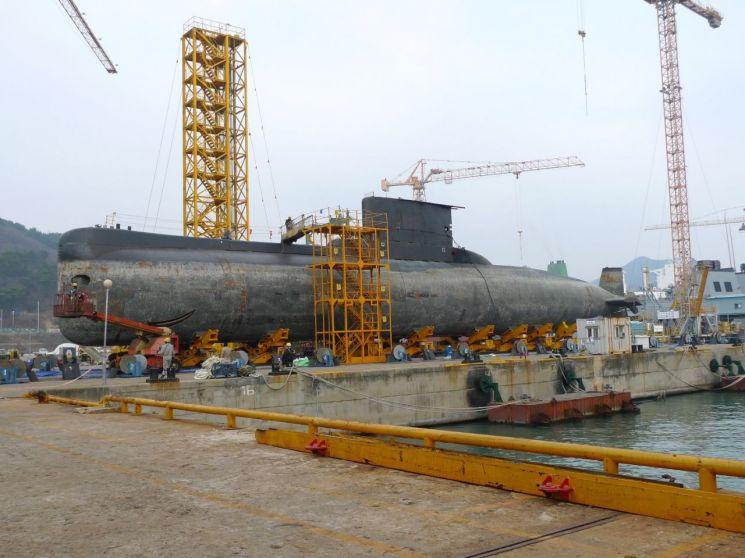 2009년 12월 24일에 옥포조선소에 창정비를 하기 위해 입창한 낭갈라함.