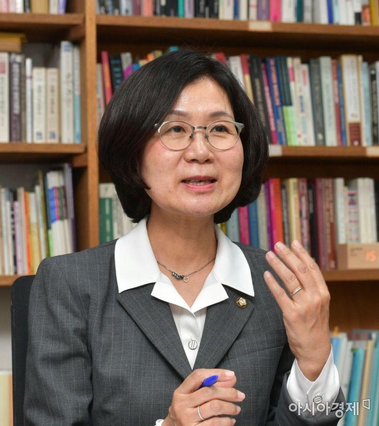 권인숙 더불어민주당 의원./윤동주 기자 doso7@
