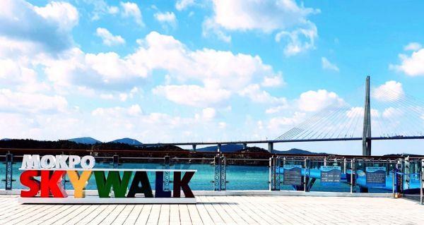 목포 유달유원지의 새로운 관광 랜드마크로 떠오른 스카이워크 사진 = 목포시 제공