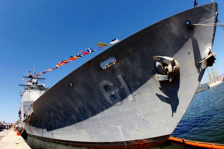 미국의 미사일 구축함 몬테레이 [이미지출처=로이터연합뉴스]