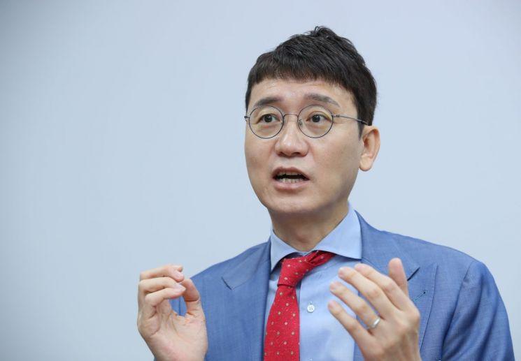 국민의힘 당 대표 경선에 출마하는 김웅 의원. [이미지출처=연합뉴스]