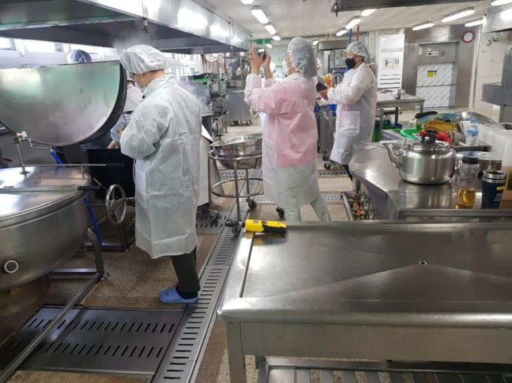 경기교육청, 도내 전체 학교 '급식시설' 점검
