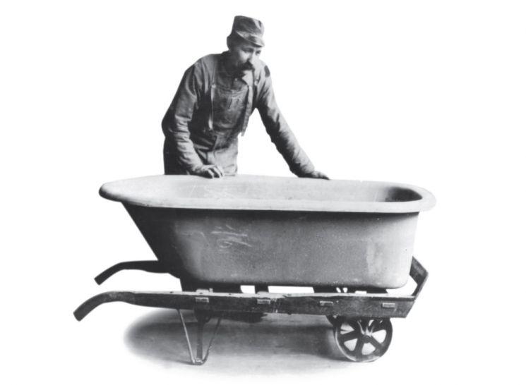 콜러사가 만든 최초의 주물 욕조. [사진제공=콜러]