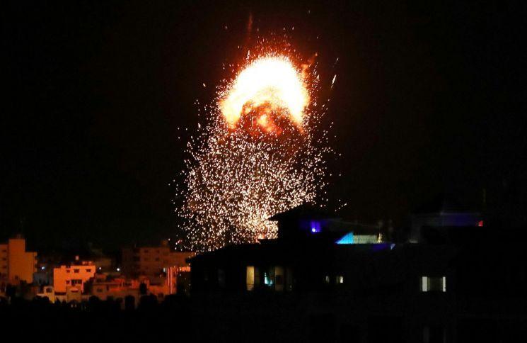 이-팔 전면전에 가자지구 사망자 213명