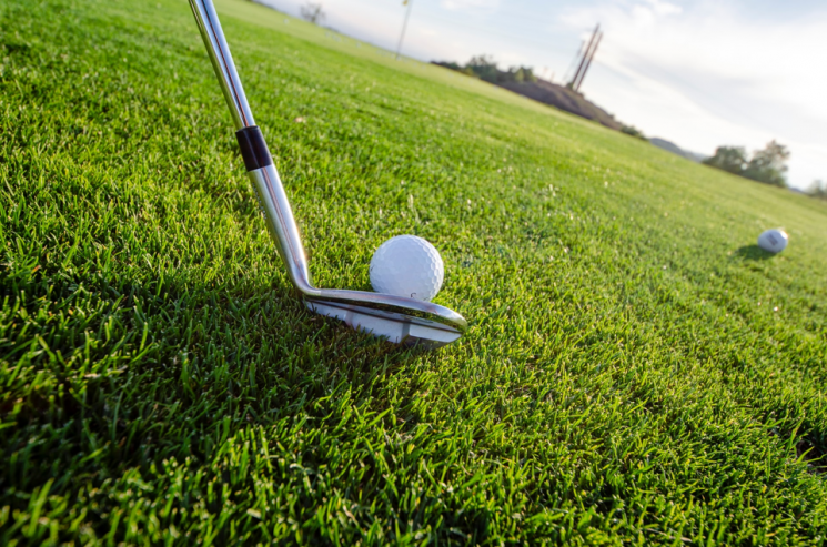MZ세대 놀이문화로 '골프'가 뜨고 있다. ⓒUnsplash