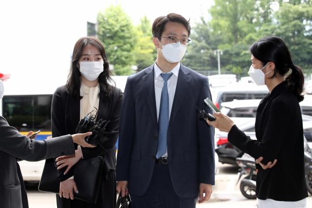 고(故) 손정민씨 친구 A씨의 법률 대리를 맡은 변호사가 지난 1일 허위 사실을 유포한 유튜버를 경찰에 고소했다./사진=연합뉴스