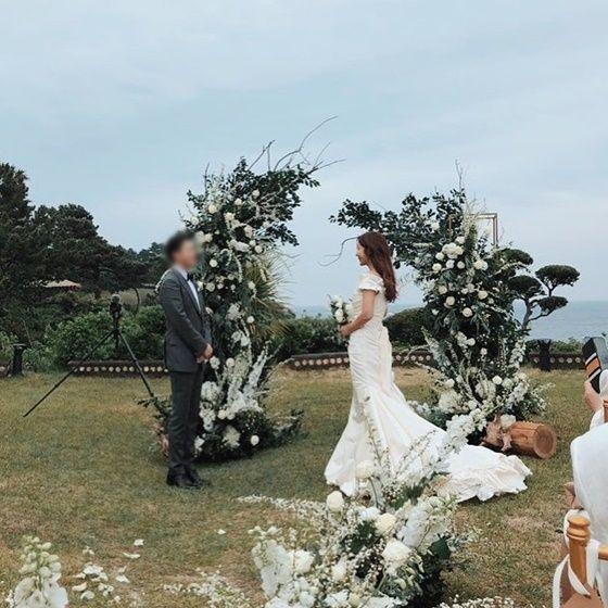 지난해 5월 일반인 남편과 비공개 결혼식을 올린 김준희 [사진=김준희 인스타그램 캡처]