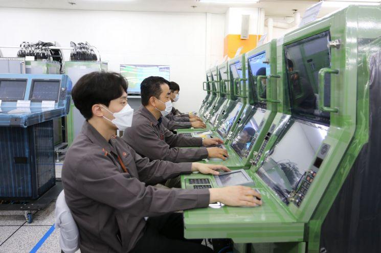 가상의 미사일 요격 훈련이 가능한 M&S(modeling & simulation) 체계. 사진제공=한화시스템