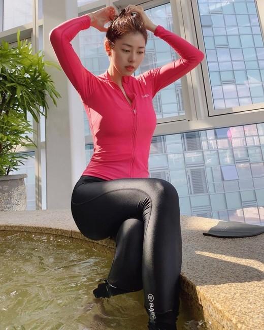 """[포토] 서동주 """"수영할 땐 래쉬가드"""""""