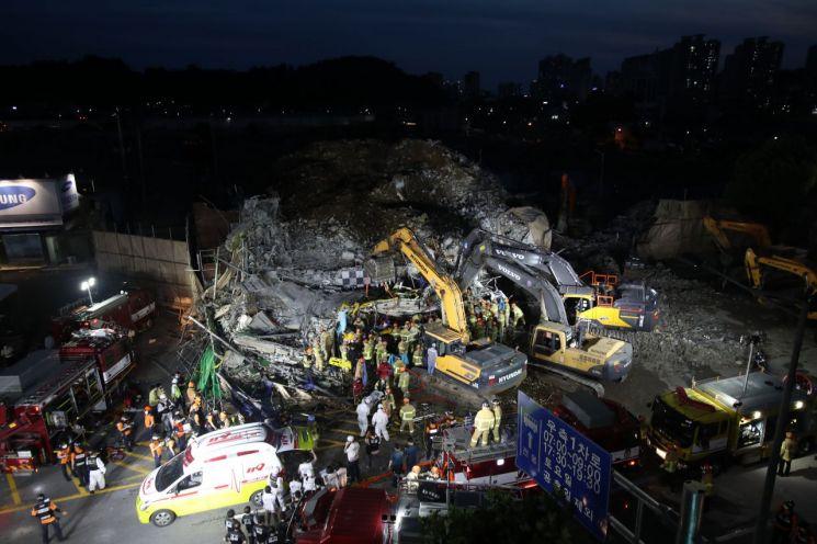 지난 9일 발생한 광주 건물 붕괴 현장 모습. [이미지출처=연합뉴스]