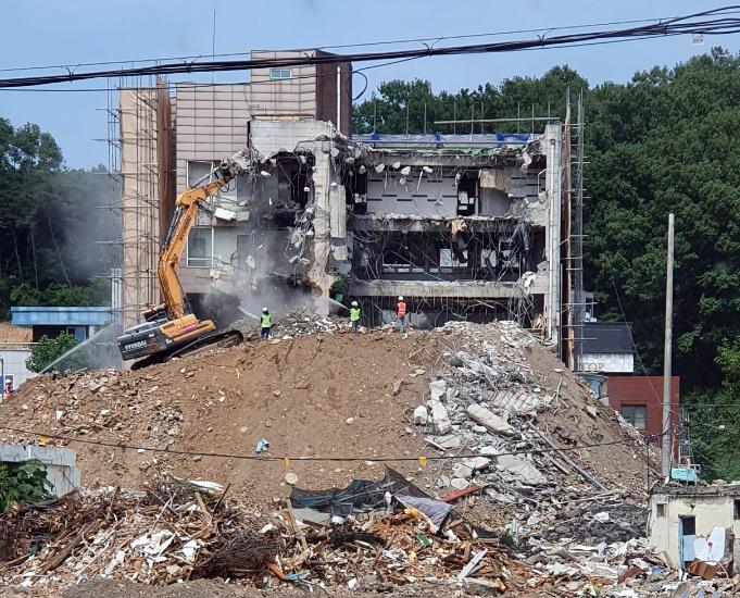 건물 붕괴사고가 발생한 사고 현장 모습. / 사진=연합뉴스