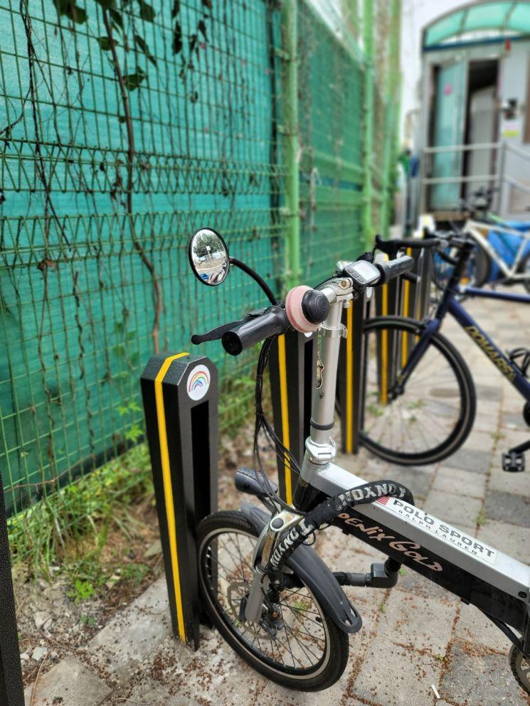 디자인 개선 완료된 자전거 보관대