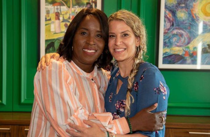 미국 조지아주 애틀랜타의 아동 의료 기관에서 함께 일하는 티아 윔부시 씨와 수잔 엘리스 씨가 서로의 남편에게 신장 이식을 해 은인이 됐다. [사진=Children's Healthcare of Atlanta]