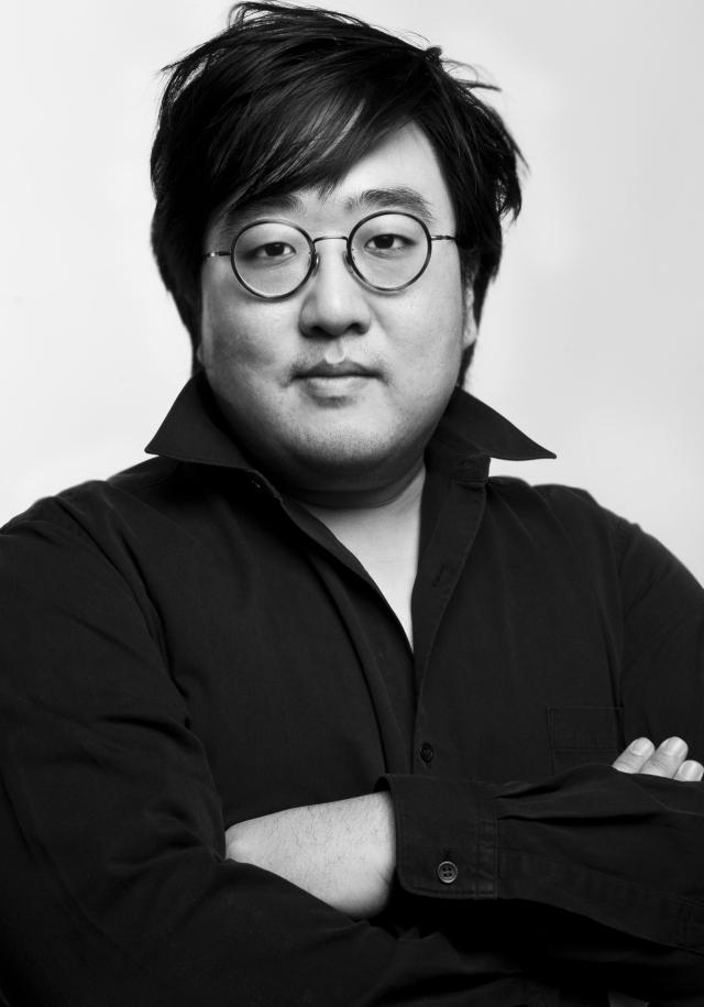 작곡가 신동훈.