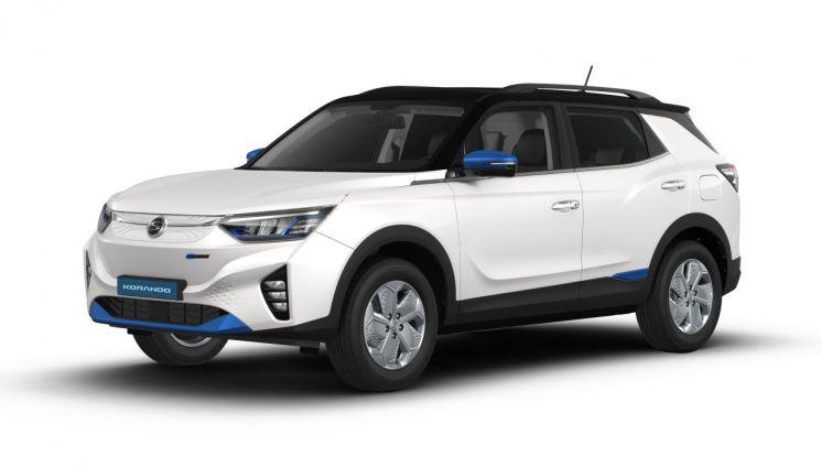쌍용차가 첫 중형 SUV 전기차인 코란도 이모션을 오는 10월 유럽시장에서 출시할 예정이라고 15일 밝혔다.  사진제공=쌍용차