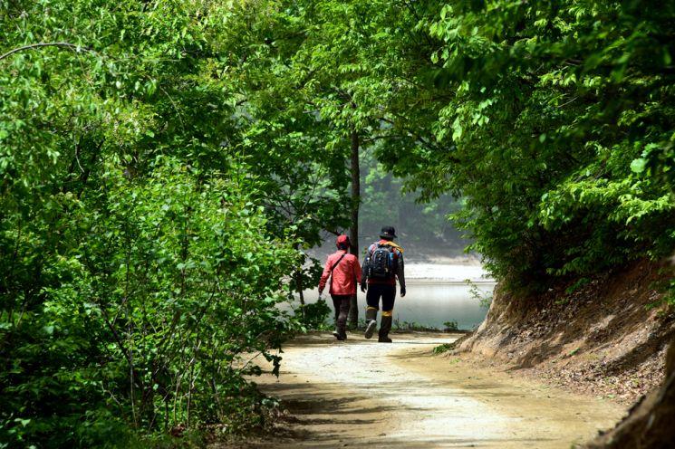 [조용준의 여행만리]조용히 걷고 가만히 바라보는‥그것만으로 충분합니다