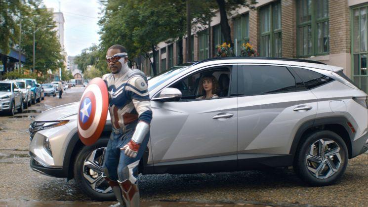 """""""로키가 타고, 팔콘이 지킨다""""…현대차, 디즈니 마블과 '투싼' 광고"""