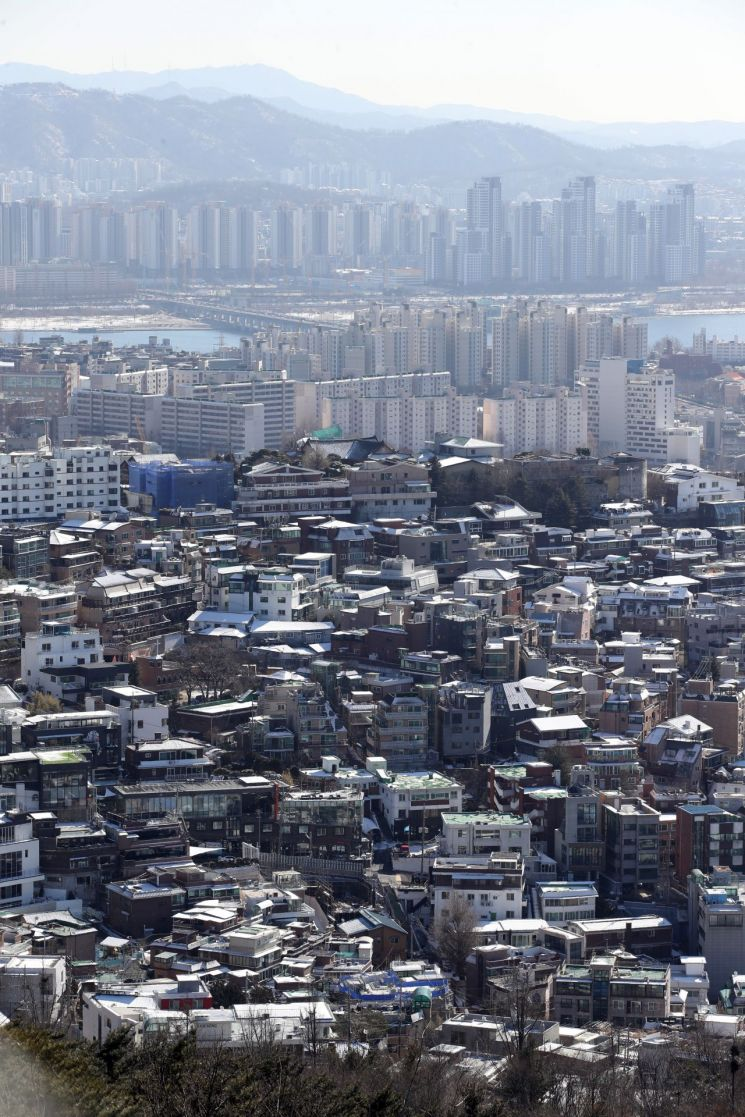 남산에서 바라본 서울 시내 모습 [이미지출처=연합뉴스]