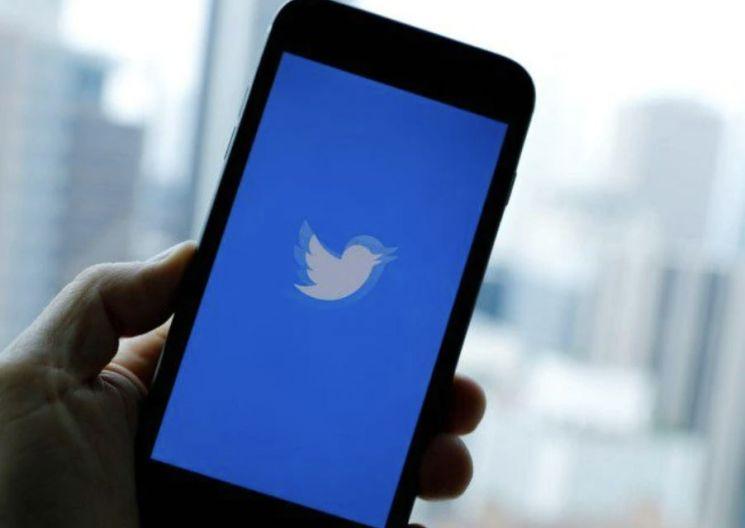 印당국, '콘텐츠 삭제 요청 거부' 트위터 압박 공세