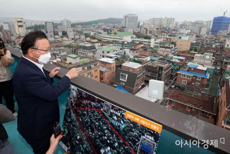 [포토] 쌍문역 공공주택 후보지 찾은 김부겸 총리