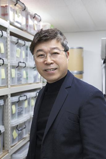 """김호철 교수 """"천연물 DNA 은행으로 약재 오리지널 퀄리티 높인다"""""""