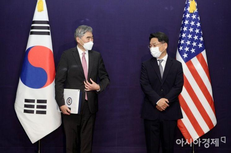 [포토] 북핵 수석대표 협의 나선 한미