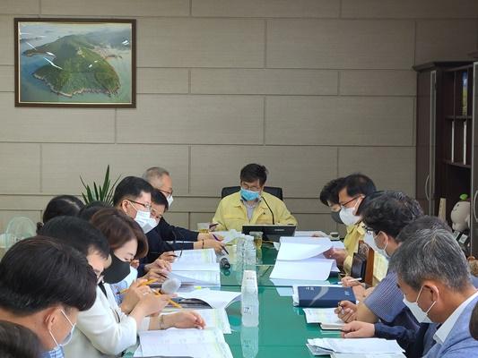 강상구 부군수 주재로 관계 실·과·소장과 담당·팀장이 참석한 가운데 상반기 신속 집행 대책 보고회를 개최했다. (사진=해남군 제공)
