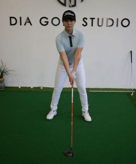 <사진1> 골프는 그립을 잡는 것부터 출발한다.