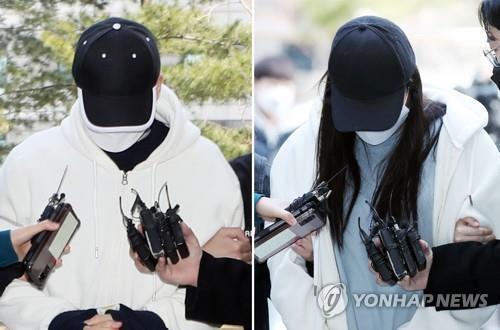 8살 딸을 상습적으로 학대해 숨지게 한 혐의로 기소된 계부(왼쪽)와 친모 / 사진=연합뉴스